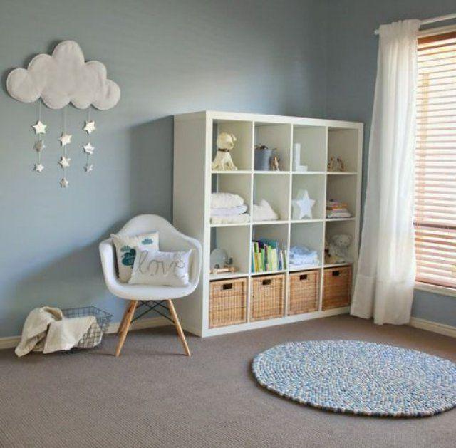 peindre une chambre de bébé en bleu clair